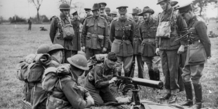 Photograph courtesy of the Australian War Memorial: The King visits the Australian troops in the Eastern Command, United Kingdom, England, 1940.