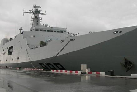 Type 071 Yuzhao Class amphibious Transport Dock